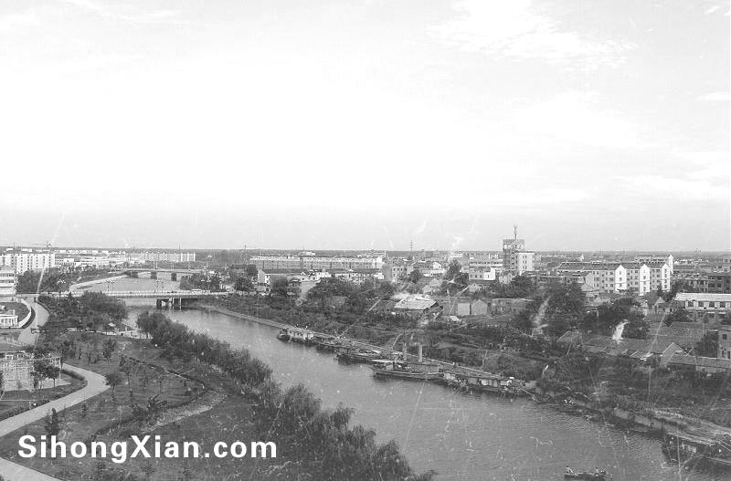 世纪公园千禧塔上远眺