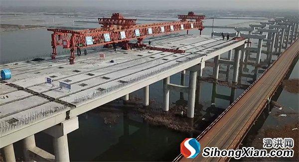 泗洪溧河洼特大桥建最新进展 打通脱贫攻坚路
