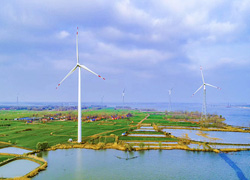 泗洪天岗湖引进光伏风力发电项目 着力打造新能源之乡