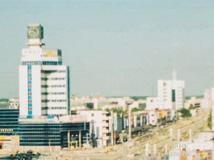 1999年的泗洪泗州大街中国银行大钟
